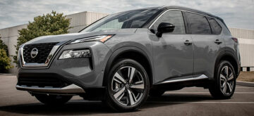 New Nissan Rogue built for hockey moms