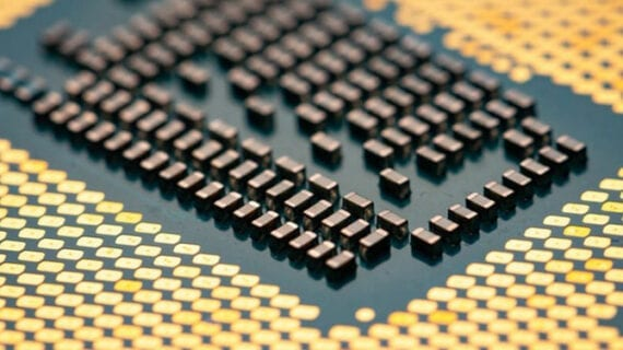 Chemists discover new method of creating high-quality memory devices