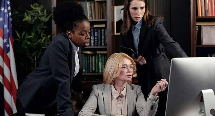 businesswomen office computer work team boss leadership